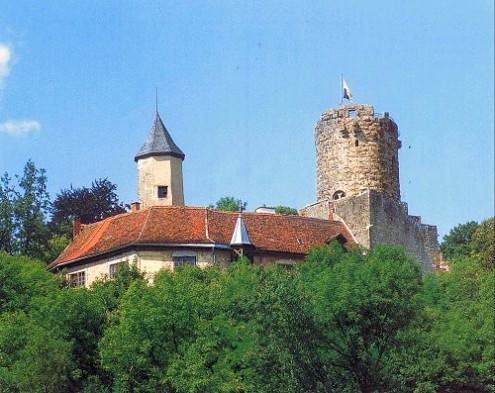 Burgruine und Schloss Krautheim